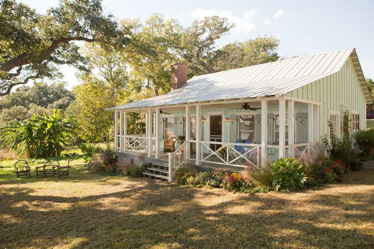 """If you loved the fixer-upper from """"The Notebook,"""" wait until you peek inside this charming bungalow from The Choice."""