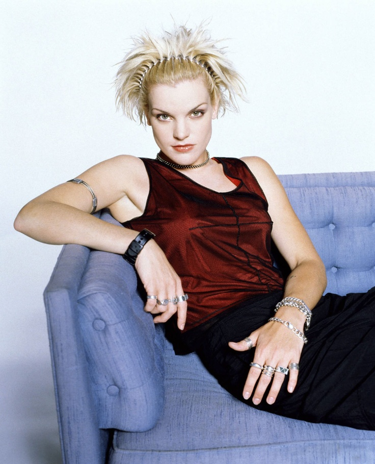 Pauley Perrette Blonde 20