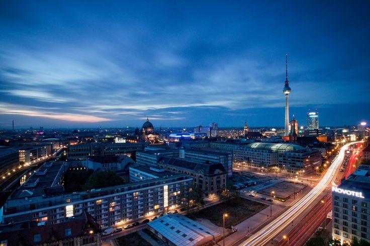 Blue Sky Collapse | Berlin, Germany