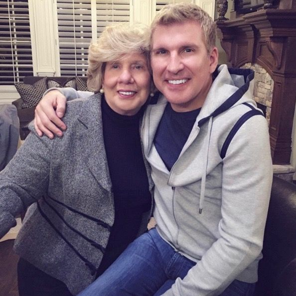 'Chrisley Knows Best' Season 4 Episode 4: Todd Chrisley's Mom Faye Finds Love? [SPOILERS] #news #fashion