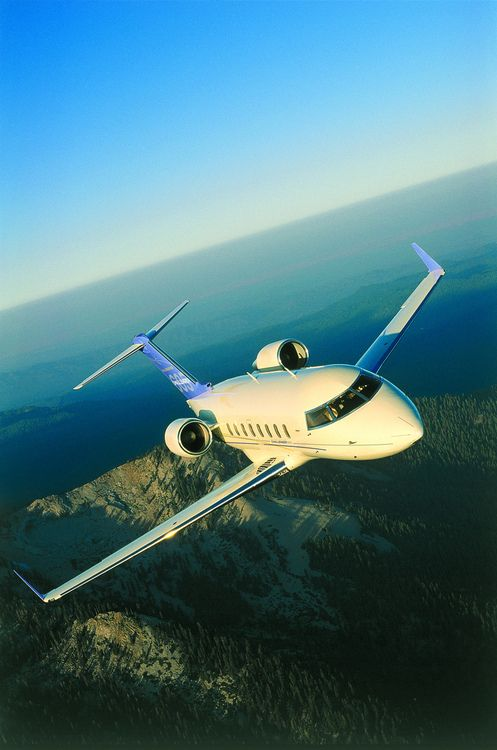 Challenger 605 (by Bombardier Aerospace)