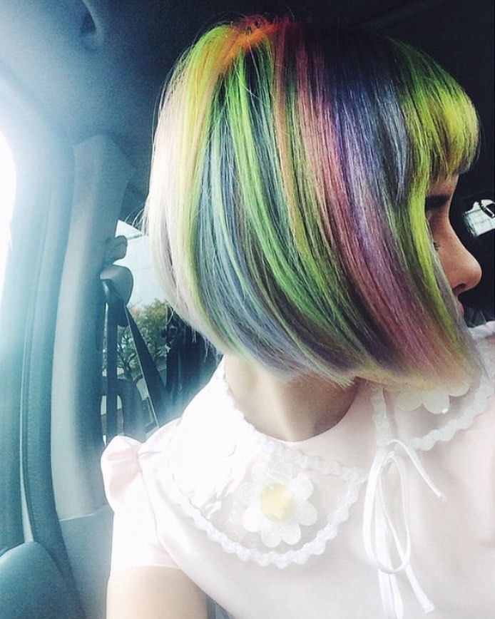 William S Hairstyles Are Actually So Brilliant And He S Had Such A Glow Up Recently With His Hair Abilities Melanie Martinez Pastel Hair Short Rainbow Hair
