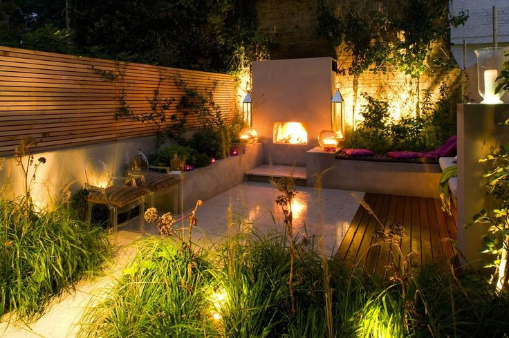 A city garden in London, U.K. Designed by London firm Charlotte Rowe Garden Design