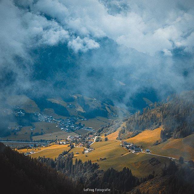 Einen wunderschönen guten Morgen euch allen. Es gibt kein schlechtes Wetter, nur schlechte Kleidung!  #view #picoftheday #landscape #landschaft #hiking #wandern #österreich #austria #wildkogel #salzach #panorama #2000m #bluesky #talblick #tal #valley #feelinggood #schön #beautiful #scenic
