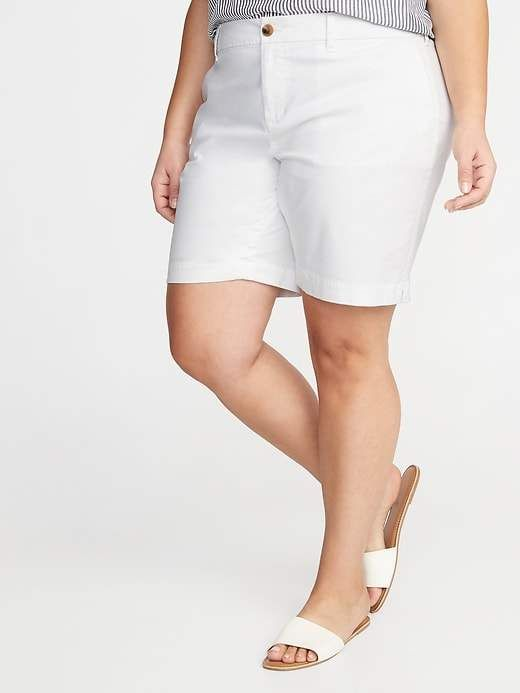 Old Navy Mid-Rise Everyday Twill Plus-Size Shorts - 9-Inch Inseam 15
