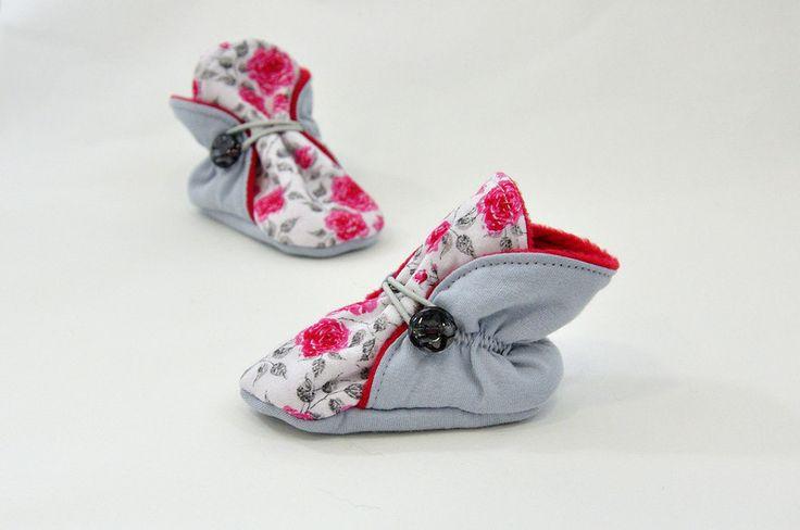 Kapcie niemowlęce w różyczki - TupTupki - Buty do nauki chodzenia
