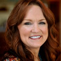 Ree Drummond (The Pioneer Woman)