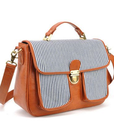 Jo Totes Giveaway!! I'm in love with this nautical Camera Bag. Come enter to win your favorite bag on #howdoesshe