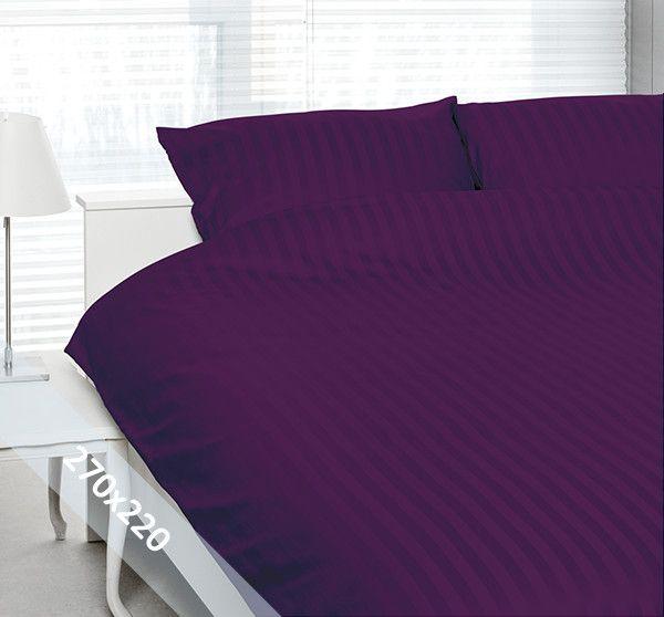 """Satin d'Or """"streep"""" lits-jumeaux (270x200/220 cm) dekbedovertrek paars. Wentel je in het stijlvolle en luxe van een hotelsuite met dit dekbedovertrek van katoen-satijn. Door verschillende weeftechnieken ontstaan de verschillende banen mat en glans."""
