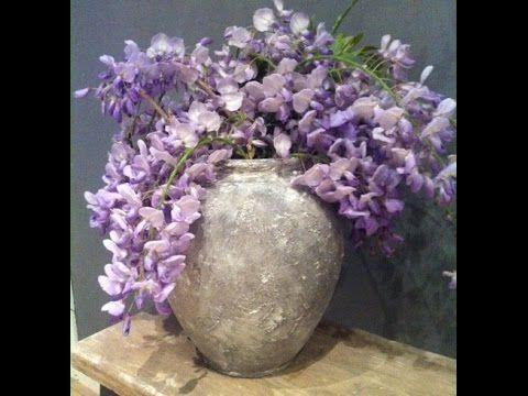 Deze video gaat over DIY Muurvuller! Vandaag gaan we een gewone witte vaas een stoere stonelook geven! Ben heel benieuwd wat jullie er van vonden, dus als ju...