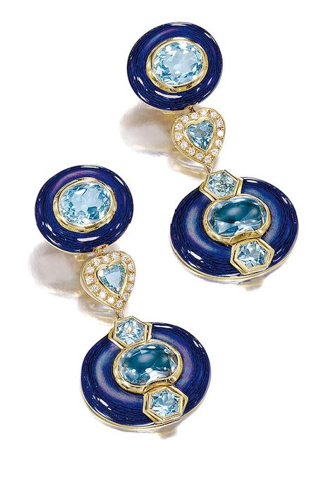 PAIR OF EARRINGS PENDANTS topazes, DIAMONDS, GOLD AND ENAMEL BY SABBADINI   Oval pattern in blue enamel, the center decorated with an oval topaz accented with a gold border, a heart surrounded by diamonds and polished by a second removable oval pattern.