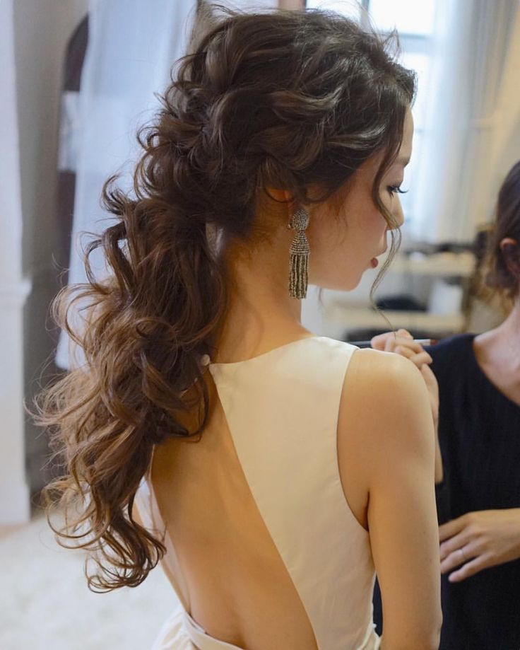 ポニーテール🌿パッチンエクステだよー #weddinghair