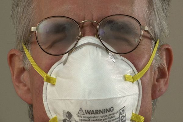 For those who wear glasses, wearing a dust mask can be a frustrating experience because your glasses are likely to fog. But of course, there's a better way.