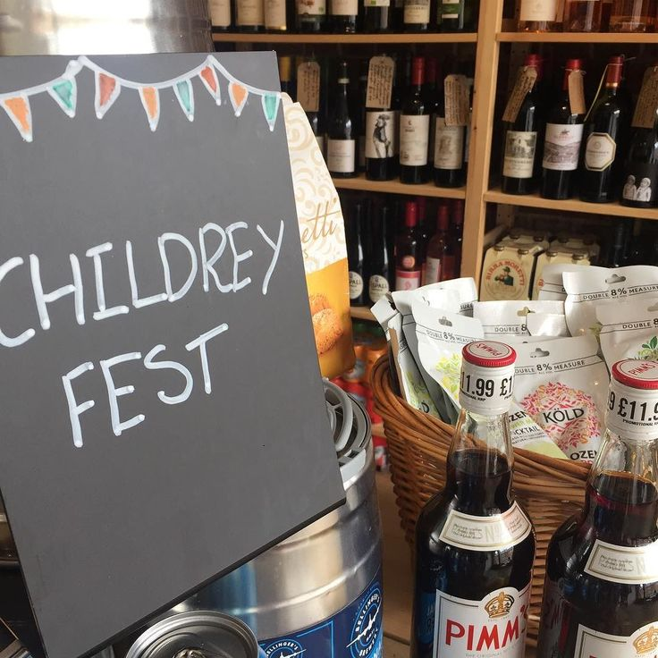 The village is getting ready for a party ! @childreyfest this weekend - tickets online #villagelife #childreyfest #picnic #festival