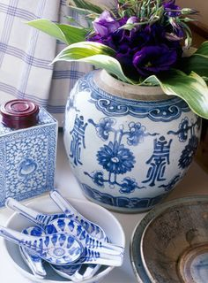 blue and white asian decor   Vintage Oriental Rice Bowls - Asian - Sushi - Blue and White