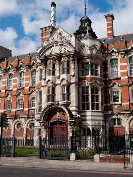 Camberwell School of Art & Crafts.