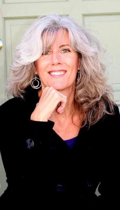 Paula Friedrichsen #grayhair #silverhair #greyhair #gray