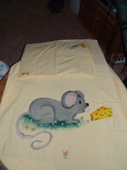 Dekbedje muis (textiel verf)