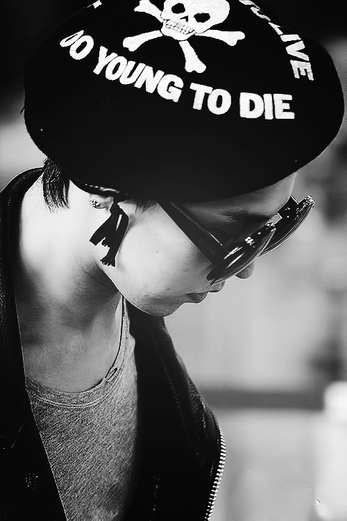 """G-Dragon (Kwon Ji Yong) """"Too fast too live too young too die."""""""