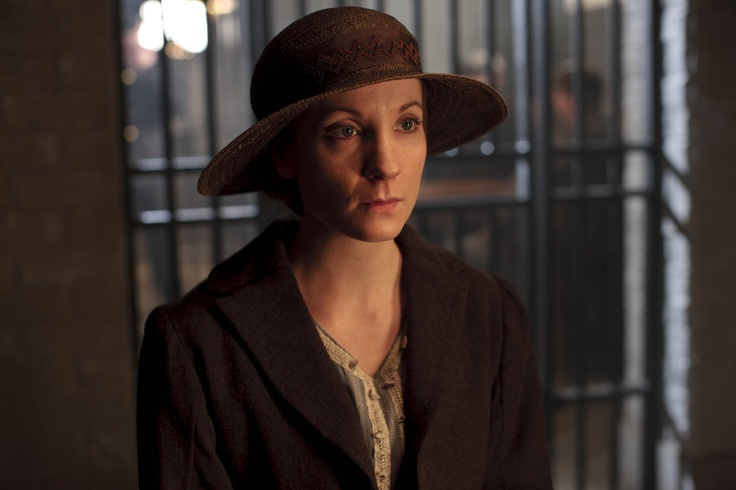 Downton Abbey - Season 3 - Anna trying to rescue her husband Mr. Bates