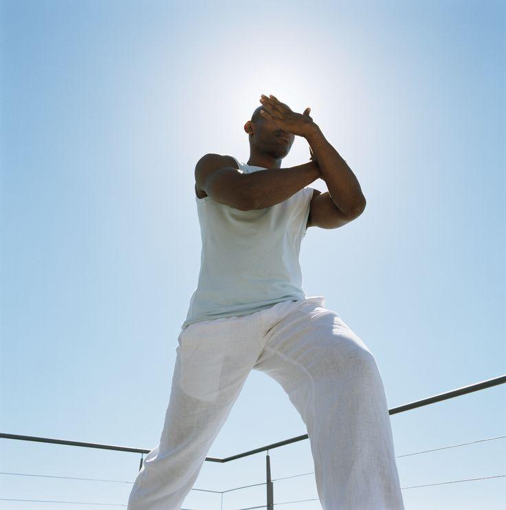 Tien tips om spanning te verminderen -  Tegenwoordig wordt je geest continue geprikkeld. Tv-schermen computers smartphones en tablets laten je niet meer met rust. En dan hebben we nog niet eens gesproken over werkdruk en andere stressfactoren die het hedendaagse leven met zich mee brengen. Onze tien tips om spanning te verminderen:  Help je lichaam met stressbestendigheid  Wees vriendelijk voor je maag  Eet volwaardig  Vergeet niet te eten  Ondersteun met B-vitamines  Slaap zo goed mogelijk…