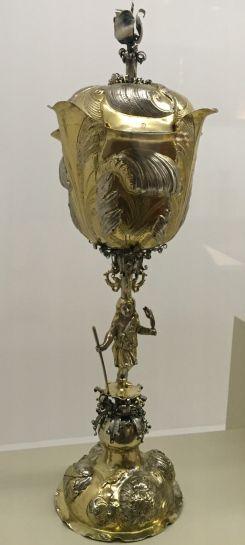 Coupe en forme de tulipe Nuremberg, Bierfreund Sigmund, Vers 1661 Argent…