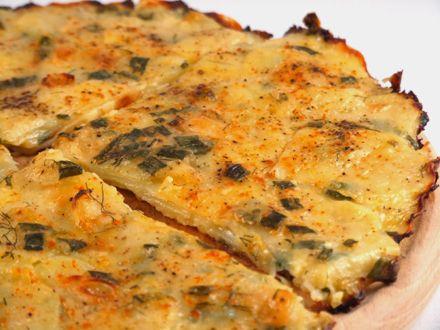 Tarta+de+cartofi+si+dovlecei+cu+ceapa+verde