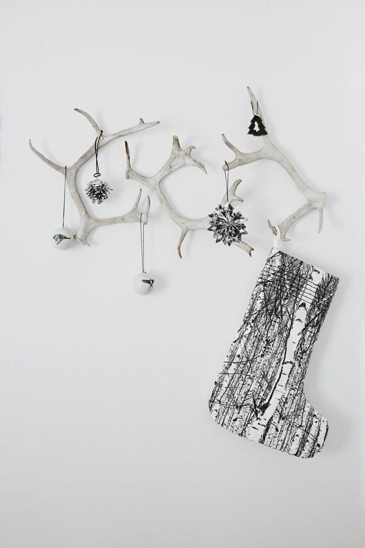 http://www.nordicday.cz/dekorace/vanocni-ozdoba-big-pine-cone/