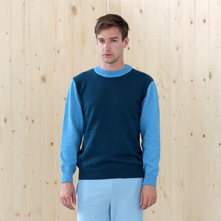 sweater BASIC prussian-navy-sky