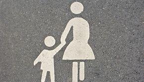 Wie Kinder Regeln lernen: Feste Regeln für ein lockeres Familienleben