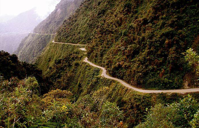 5-Дорога-смерти-лучшие-велосипедные-маршруты-на-велосипеде-по-дороге-смерти