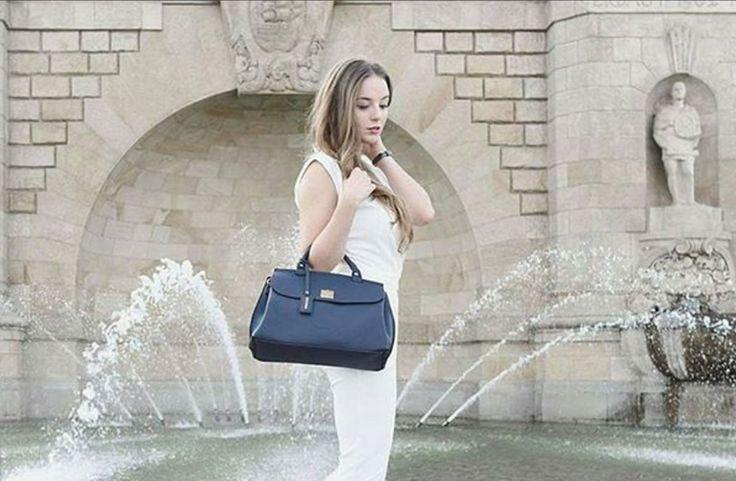 W obiektywie  @joannavicom #puccini #puccinipl #bag #handbag #torebka #nowakolekcja #newcollection #fontana #fountain #walychrobrego #szczecin #fashion #blogger #autumnwinter #autumn #patrycjahyrsz #patrycjahyrszphotographer #joannavi