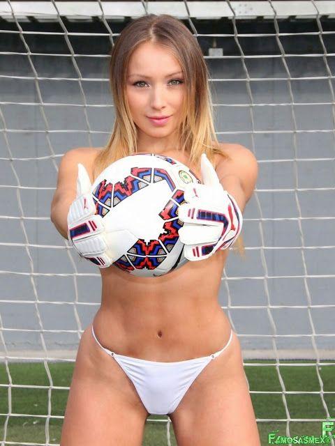 Daniella Chavez La Novia De La Copa America x8 HQ ...