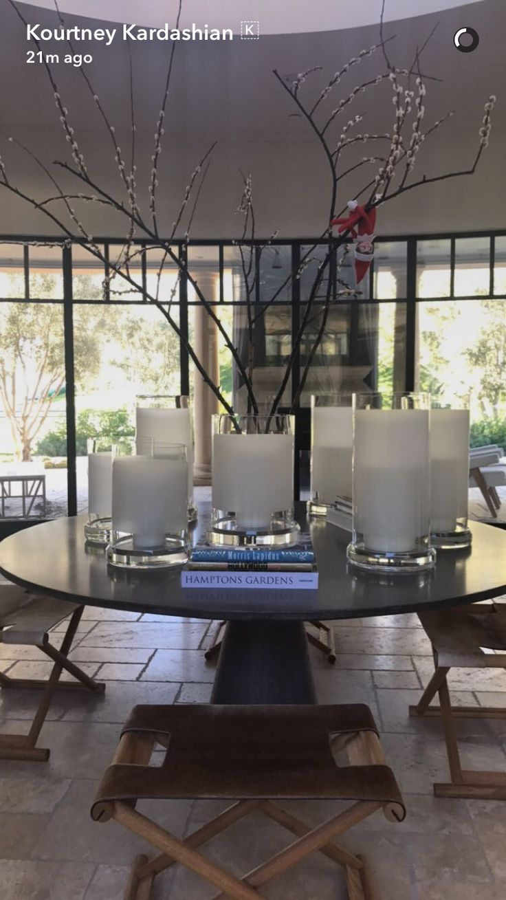 Les 4279 meilleures images du tableau hidden hills house for Deco maison kourtney kardashian