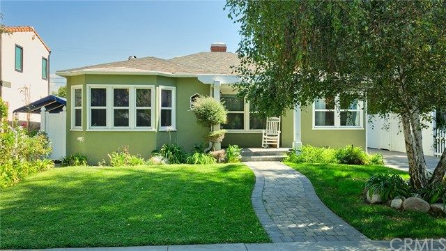 Check out the coolest pictures for Toluca Lake Homes For Sale   If you are interested in looking at the Toluca Lake Homes For Sale in person call Maggie Oreck @ 818-590-1309 or email her at info@maggieoreck.com