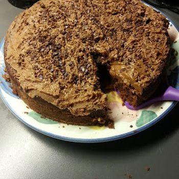 Nydelig sjokoladekake med rømme