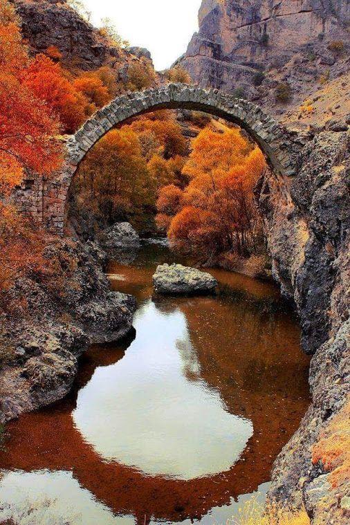 Arapgir Taş köprüsü. Arapgir stone bridge, Malatya - TURKEY.