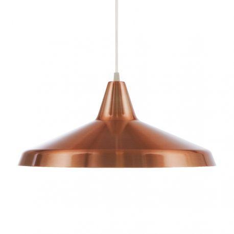 Titan pendel fra Belid. Superflot lampe udført i metal med smuk kobber finish. Lampen er 40 cm i diameter. E27 fatning. Titan kan fås i mange farver