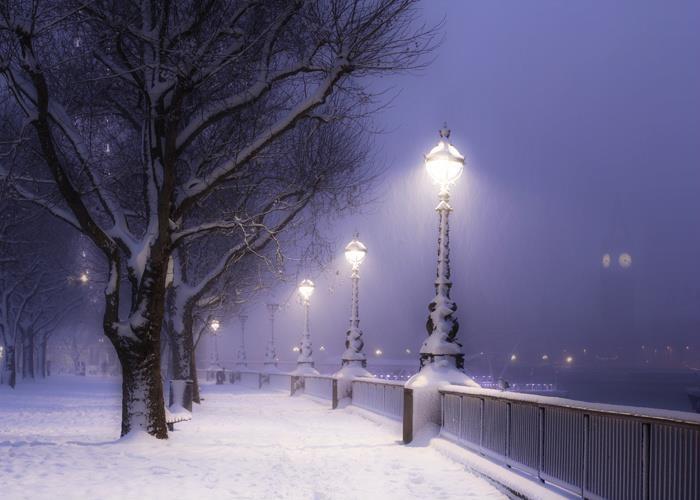southbank london snow lights pinterest london