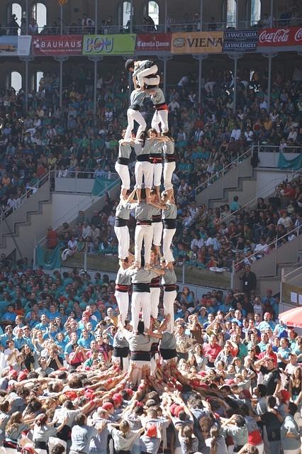 Concurs de castells Tarragona 2008 42. Castellers de Sants 4de8 by fer55., via Flickr