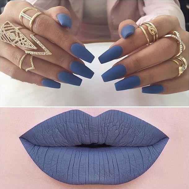 makeup,rings,nails,lips