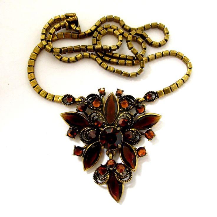Vintage Weiss Gold Tone Amber Rhinestone Necklace