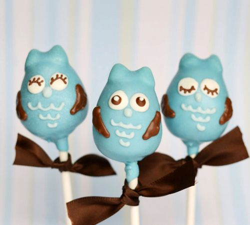 Unos tiernos cake pops para una fiesta buho / Cute cake pops for an owl party