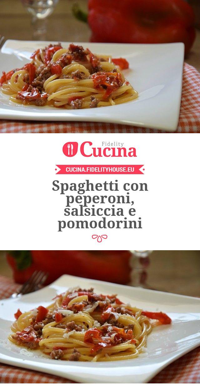 Spaghetti con peperoni, salsiccia e pomodorini della nostra utente Stefania. Unisciti alla nostra Community ed invia le tue ricette!