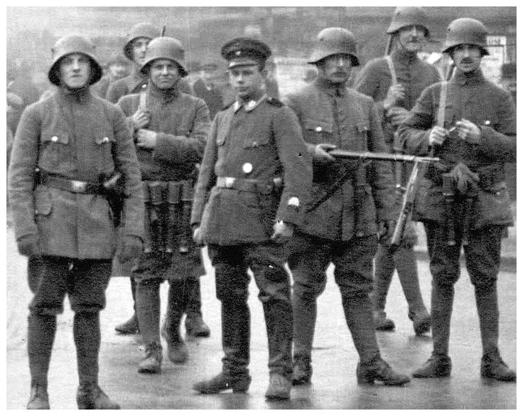 In 1934 the Stahlhelm was renamed Nationalsozialistischer Deutscher Frontkämpferbund (Federation of the National Socialist Frontline-Fighters) and integrated into the Sturmabteilung (SA) and, in 1935, it was dissolved by the Nazis