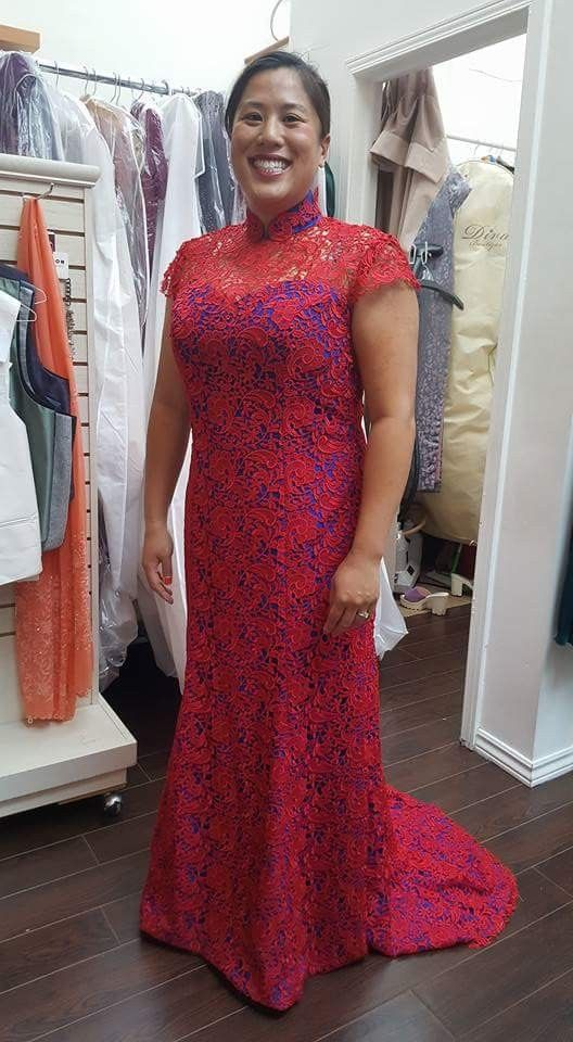 Red quipuir lace on blue crepe cheongsam gown
