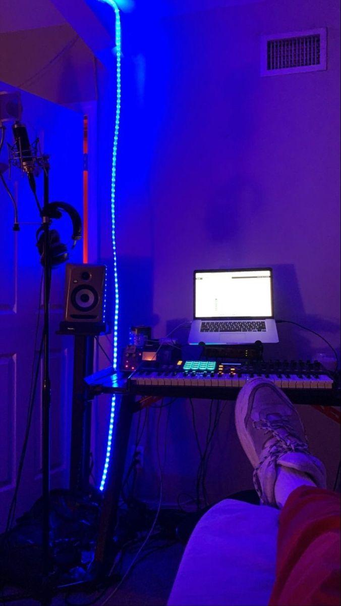 Bedroom home recording studio