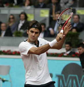 Federer forced to work for his berth in the last eight at Indian Wells - http://www.thesportscampus.com/2012031519811/tennis-news/bnp-paribas-open-federer-djokovic-struggle-nadal-and-azarenka-cruise-ahead
