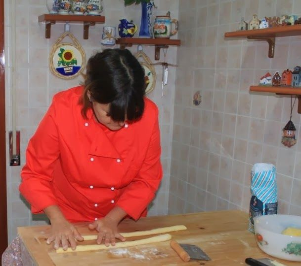 Gnocchi totally handrolled in the traditional parmesan grater with the Chef Mama Isa #gnocchi #italiancooking #isacookinpadua