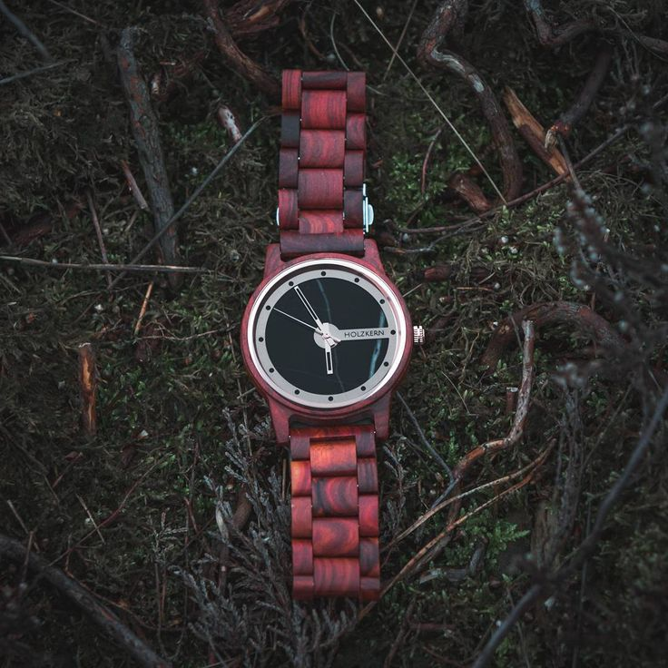 With our design we want to create modern and timeless watches made of wood and stone representing the beauty of nature. www.holzkern.com